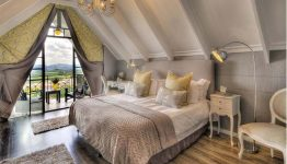 south-africa-loeries-call-guesthouse-room