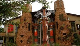 south_africa_ammazulu_african_palace_front